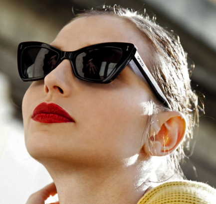 Wear can red lips lipstick thin 7 Dos